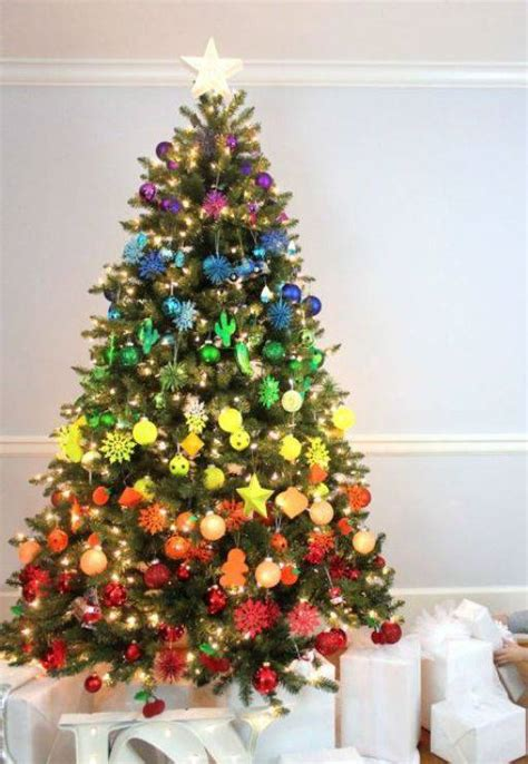 decorating your yellow den for christmas 42 modelos de 193 rvore de natal para inspirar a sua decora 231 227 o