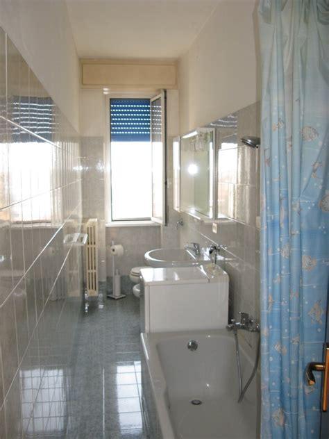 foto di bagni piccoli ristrutturati immobiliare emme gi s r l vendita affitto costruzione