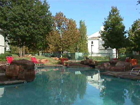 gardens of valley ranch apartments at 430 river tr