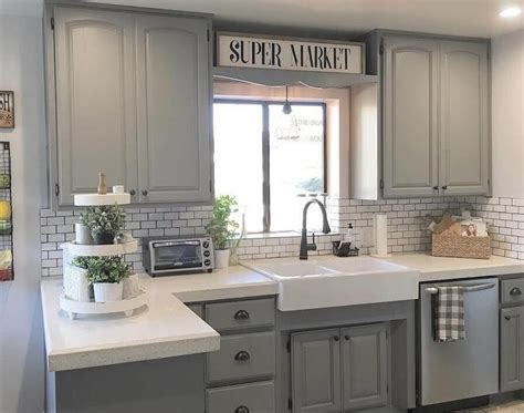 Farmhouse Style Kitchen Cabinets by 35 Best Farmhouse Kitchen Cabinet Ideas And Designs For 2018