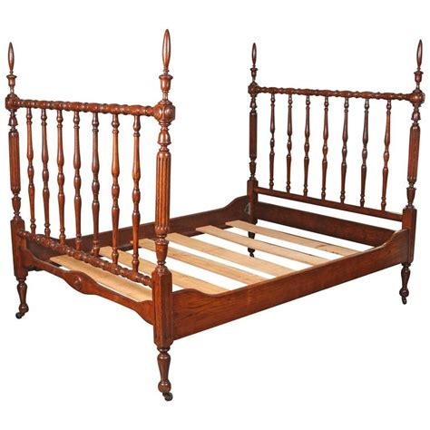 Newly Polished 1930s Walnut Spindle Full Sized Bed Frame Spindle Bed Frame
