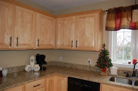 kitchen cabinets erie pa 17 best ideas about kitchen cabinet makers on pinterest