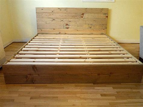 Dipan Kayu Bekas solid wood platform bed frame and headboard simple bed