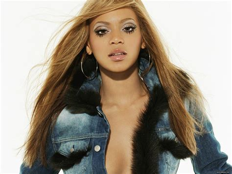 Beyonce In A by Beyonce Knowles Wallpaper Seven