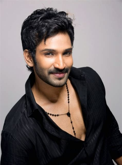 actor raja game aadhi profile picture bio body size measurments hot starz