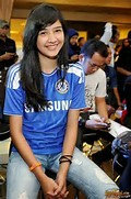 Koleksi Foto Cewek Indonesia Sweet in Jersey   Cantik Pakai Baju Bola ...