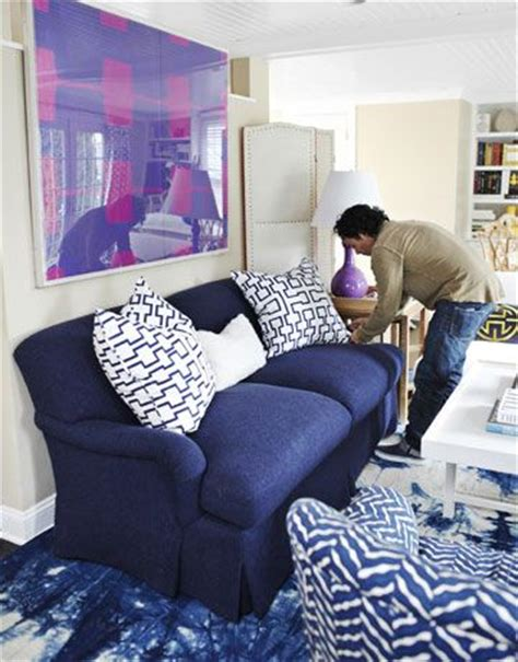 decorating around a navy blue sofa 17 best images about coastal blues great room ideas