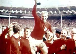 Manchester united buy nobby s 1966 world cup winners medal