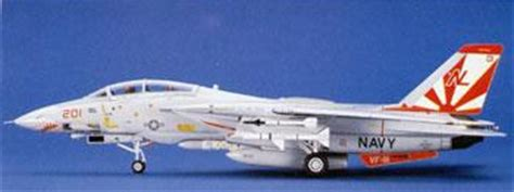 Hasegawa 1 72 E3 F 14a Tomcat High Visibility f 14a tomcat high visibility plastic model airplane kit