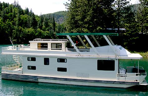 shasta lake house boat holiday harbor resort marina shasta lake houseboats