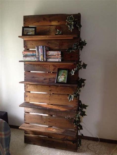 ladari fai da te riciclo libreria originale con materiale di riciclo 20 idee