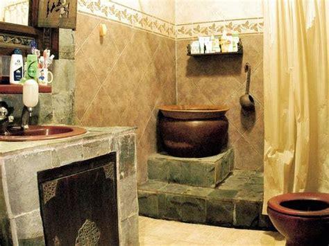 design dapur nuansa alam dimana batu alam ditempel di rumah anda secara tepat