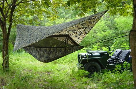 Hamac Jungle by Mosquito Hammock A Jungle Hammock With Mosquito Net For