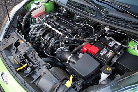 how cars engines work 2012 ford fiesta head up display 2014 ford fiesta se sedan first test motor trend