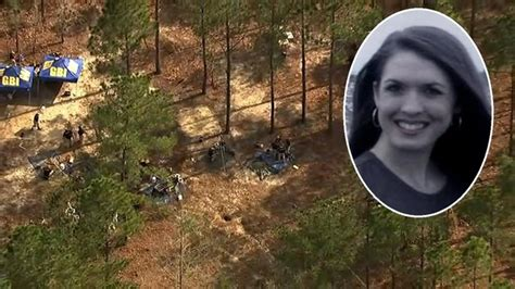 tara grinstead crime scene tara grinstead dozens dig for missing teacher s remains