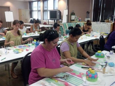 Decorating Courses cake decorating class mauicakes