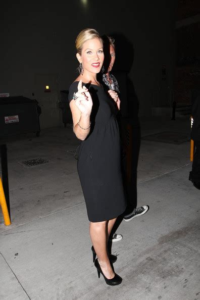 new pictures of 5 mos pregnant christina al moussa more pics of christina applegate flower tattoo 1 of 15