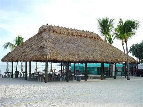 Chickee Hut Chickee Huts Tiki Huts Thatch Roof Chickee Huts