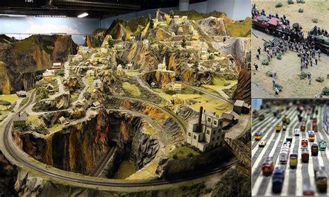 worlds largest model railroad draws thousands  nj