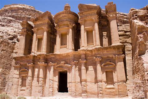 imagenes jordania two of the wonderful rock cut architectures 2 petra