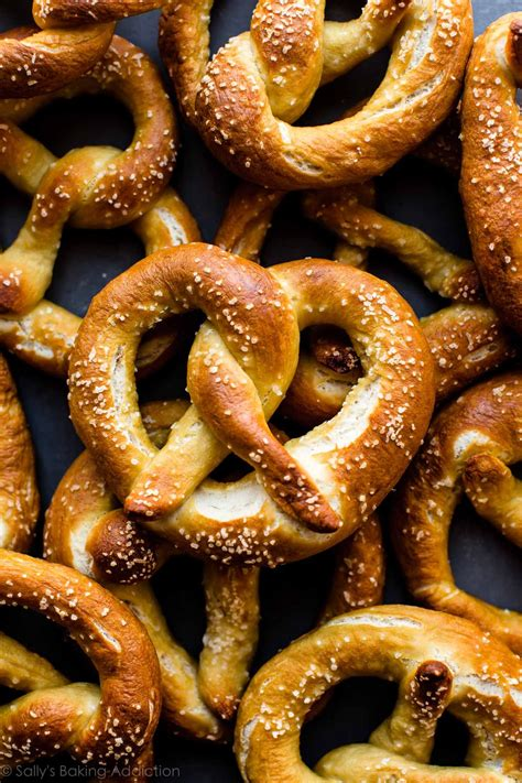 Handmade Pretzels - easy soft pretzels recipe soft