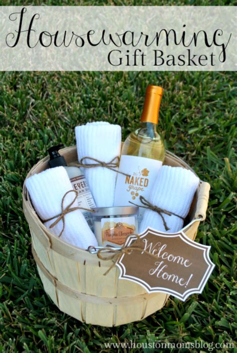 house warming gift idea 33 best diy housewarming gifts