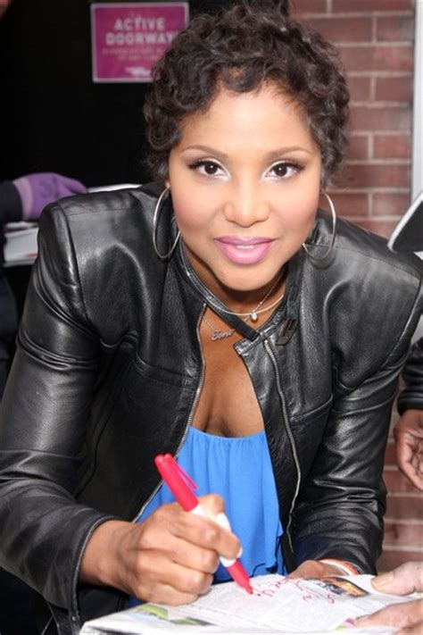 how to do toni braxton curly hair 1000 images about toni braxton on pinterest toni