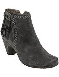 best dress boots for bunions