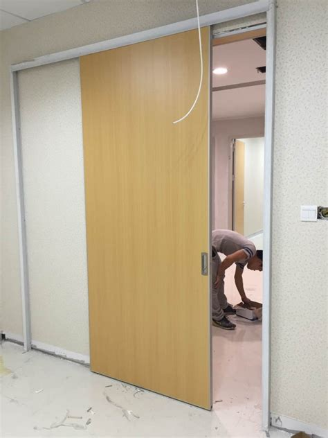 sliding doors wood hospistal wooden sliding door