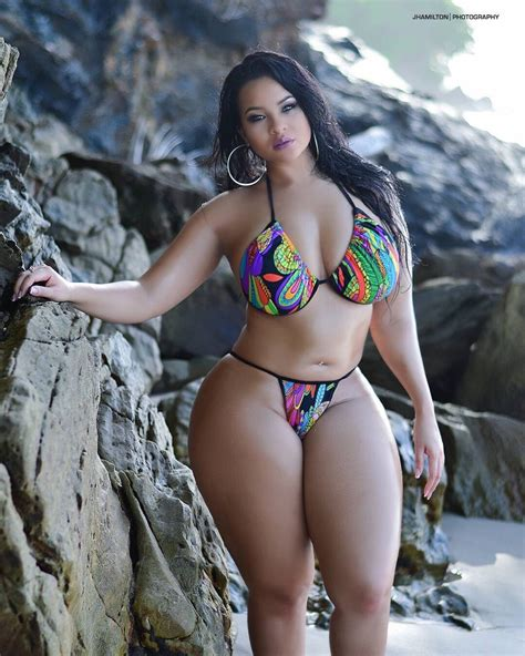 thick hotties i like my women bbw curvy with thick thighs stunning