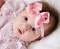 ... yang sedang mencari foto bayi lucu, berikut gambar foto foto bayi