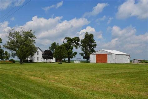 Tri County Sale Barn white county 3 bedroom farm home for sale 4 6 acres wit