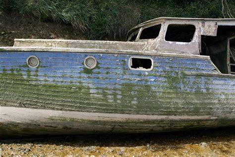sunken river boats free an old sunken shipwrecked boat stock photo