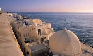 tunisia holidays    beach   fervour