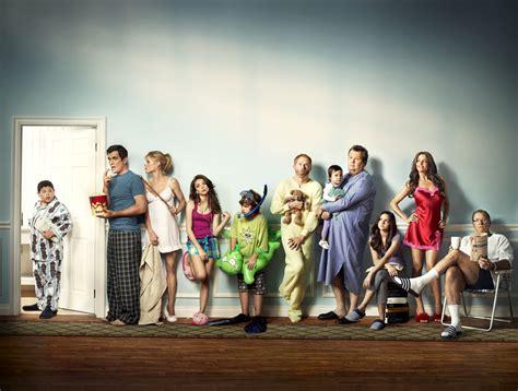 modern family modern family ew photoshoot modern family fan 17014574 fanpop