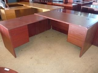 dulles office furniture closed and sold office furniture business store fixtures and tables equipment
