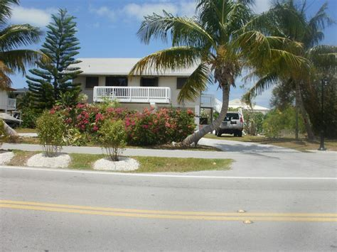 marathon house rentals marathon house rental large waterfront home 5 min walk to