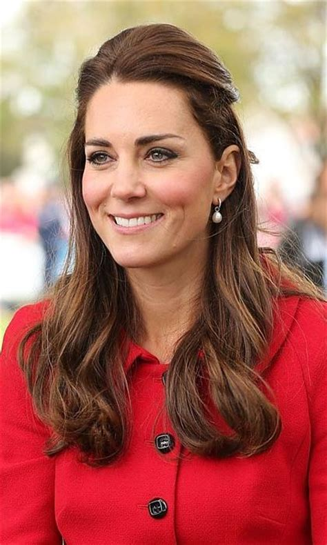 haircuts that still allow a pony tail the duchess of cambridge wows with stylish ponytail