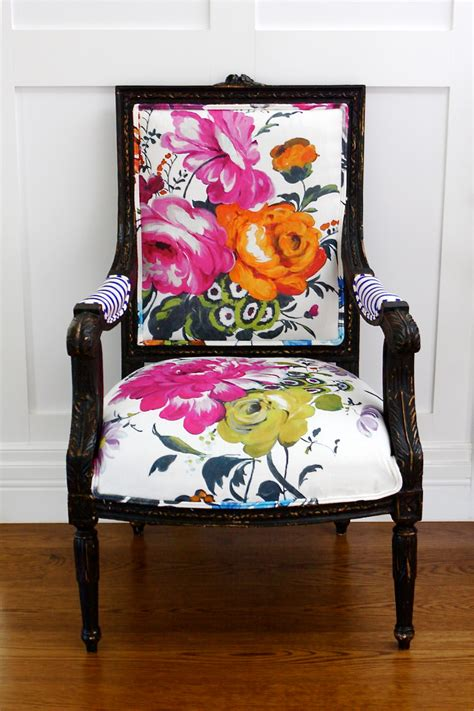 Fabric Armchairs Design Ideas Is Back Floral Design Large Flowers Floral Interiors