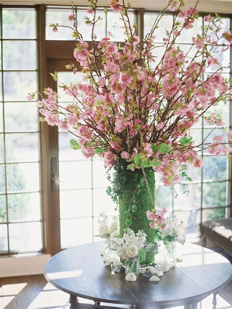 cherry blossom arrangements 25 best ideas about cherry blossom centerpiece on