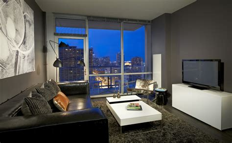 Appartments For Rent In Chicago by Gallery Apartments With Balconies In Downtown Chicago