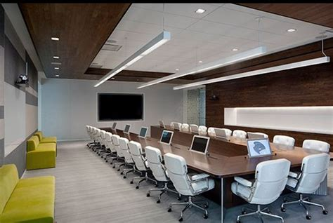 Boardroom Table Ideas Adobe S Conference Room The Table In The Similarly Finished Executive Boardroom Incorporates