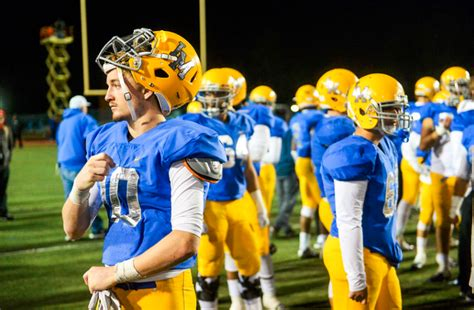 Southern Section Football by Edison Runs La Mirada To Win Cif Ss D 3 Football