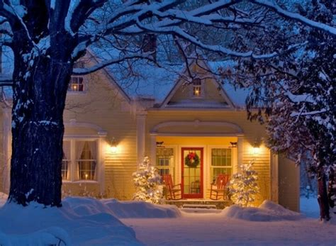 christmas homes a little eye candy for your sunday