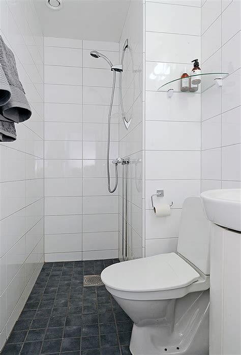 tiny ensuite bathroom ideas best 20 small wet room ideas on pinterest