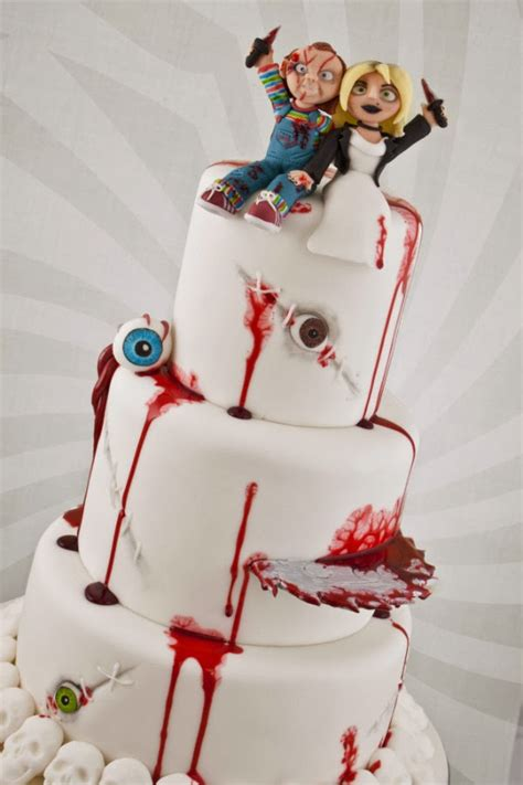 bride  chucky wedding cake spicytec