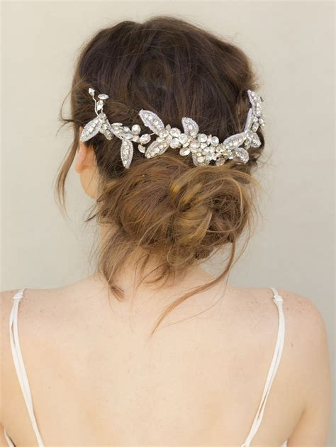 Boho Hairstyles Accessories by Top 10 Boho Inspired Hairstyles For Your Wedding Day Top