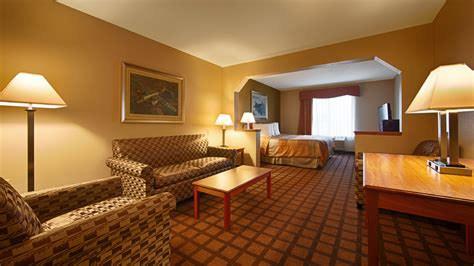 best suite chicago hotel rooms at the best western midway airport