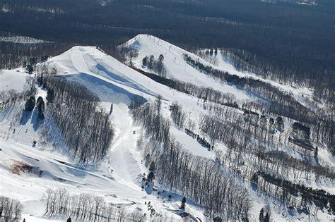 cadillac michigan ski resort caberfae peaks ski snowboard photos