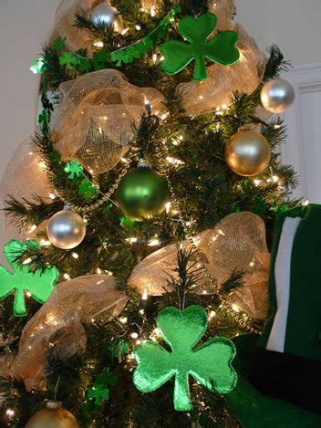 lucky colors christmas decor 48 best images about luck 164 on painted cupboards for sale and wood blocks